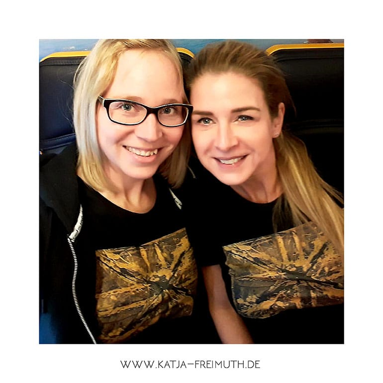 Katja Freimuth Post Shirts for a good cause