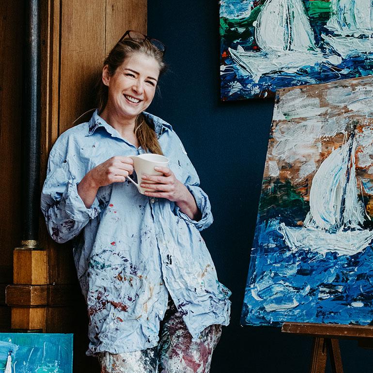Katja Freimuth Shop Künstlerin lächelnd